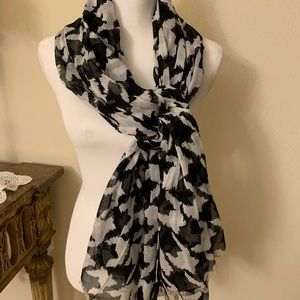 The Limited black/white scarf